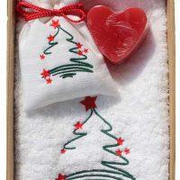 Duftbeutel im Geschenkset mit Seife und Frotteetuch